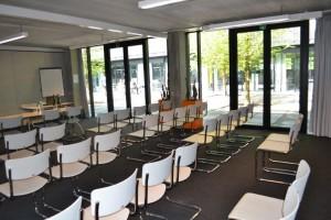 24042014_Kortrijk voka empty