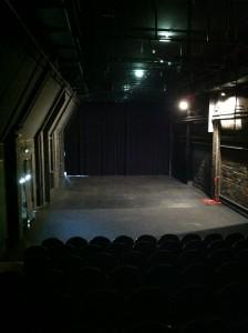 21062014_theatre empty